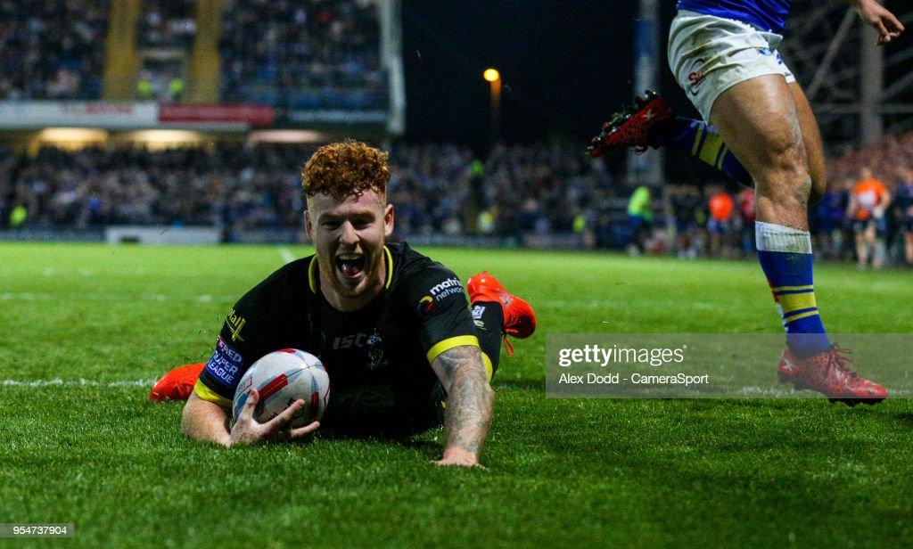 Leeds Rhinos v Warrington Wolves - Betfred Super League : News Photo