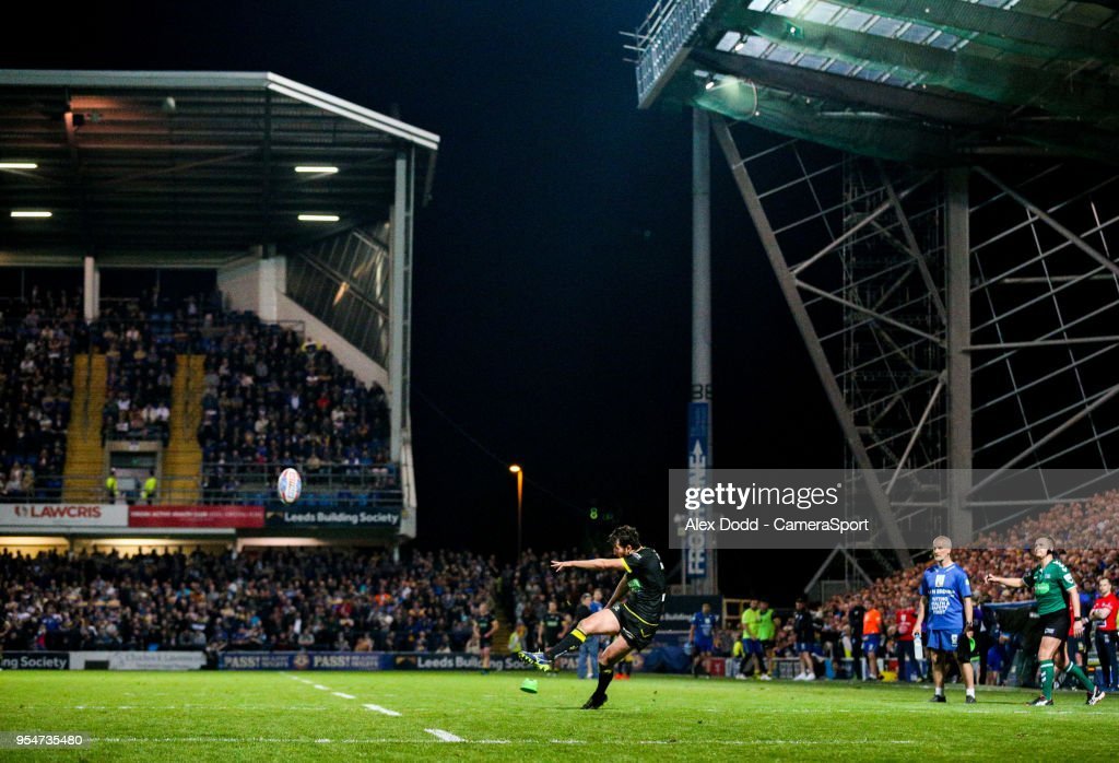 Warrington Wolves 's Stefan Ratchford kicks at goal during the Betfred Super League Round 14 match between Leeds Rhinos and Warrington Wolves at Headingley Carnegie Stadium on May 4, 2018 in Leeds, England.