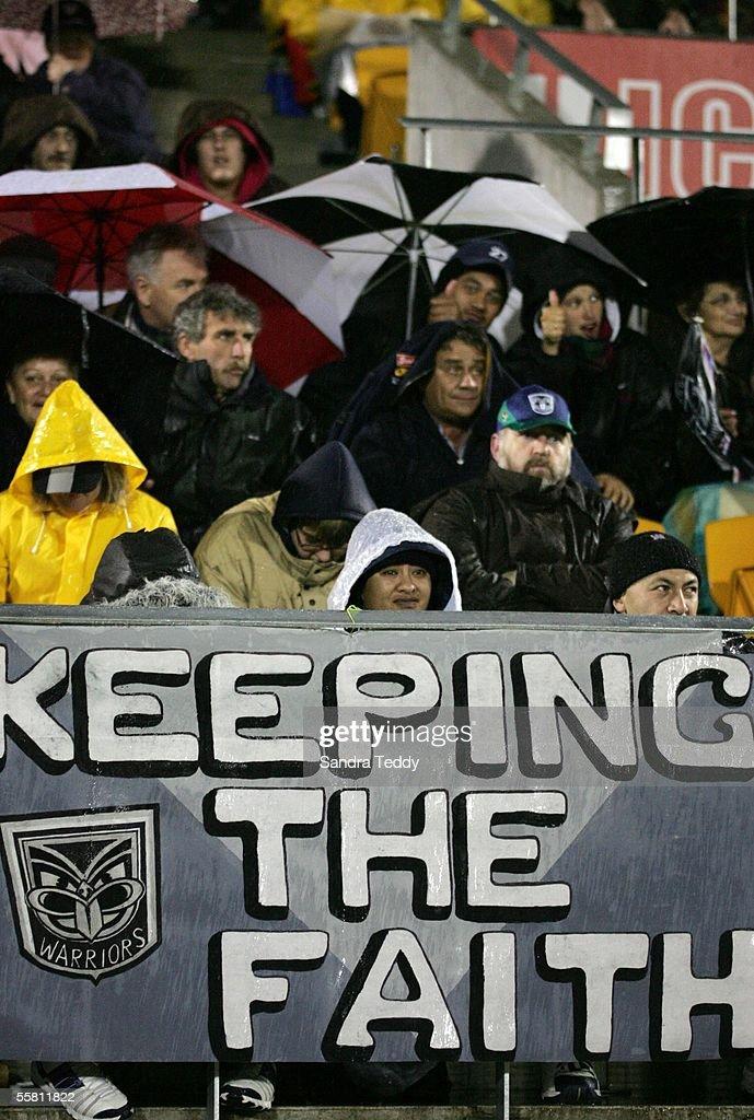 "Warrior fans ""keep the faith"" as they watch the Br : News Photo"