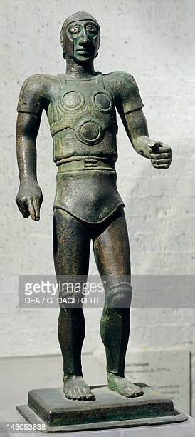 Warrior in armour bronze statue Italy Italic Civilization 4th Century BC Paris Musée Du Louvre