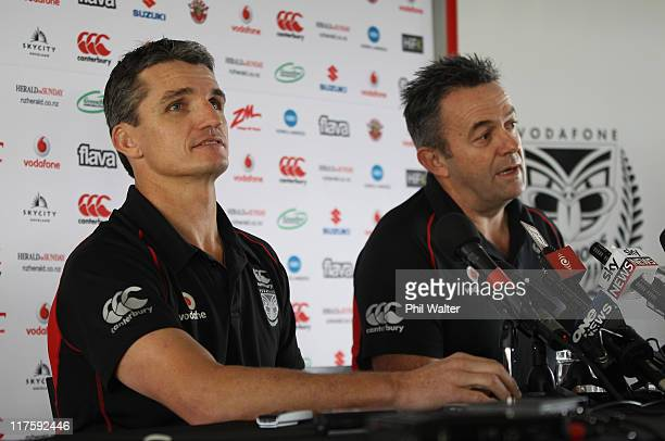 Warriors coach Ivan Cleary speaks to the media alongside CEO Wayne Scurrah at Mt Smart Stadium on June 29 2011 in Auckland New Zealand Cleary...