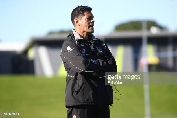Warriors coach Stephen Kearney during a New Zealand Warriors NRL training session at Mount Smart Stadium on July 3 2018 in Auckland New Zealand