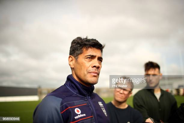 Warriors coach Stephen Kearney speaks to media during a New Zealand Warriors NRL training session at Mt SMart Stadium on May 15 2018 in Auckland New...