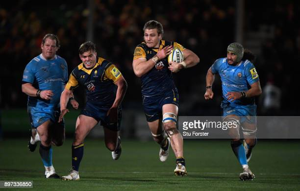 Warriors player David Denton on the charge during the Aviva Premiership match between Worcester Warriors and London Irish at Sixways Stadium on...