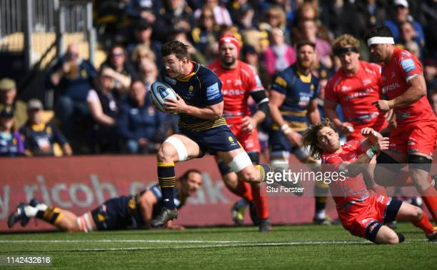 Warriors player Sam Lewis races through to score the opening try during the Gallagher Premiership Rugby match between Worcester Warriors and Sale...