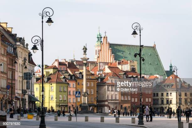 warsaw old town around the zamkowy square in poland capital city - poland stock pictures, royalty-free photos & images