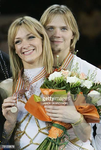 Bulgaria's Albena Denkova and Maxim Staviski pose during the awards ceremony after the pairs Free Dance Programme of the European Figure Skating...
