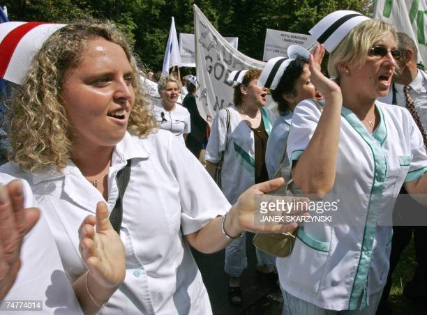 Several thousand Polish nurses and doctors march through Warsaw 19 June 2007 demanding pay hikes from the conservative government which is already...