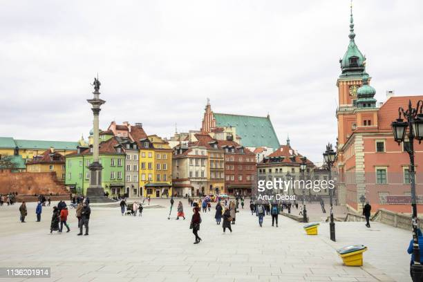 Warsaw's Castle Square with people. Plac Zamkowy.
