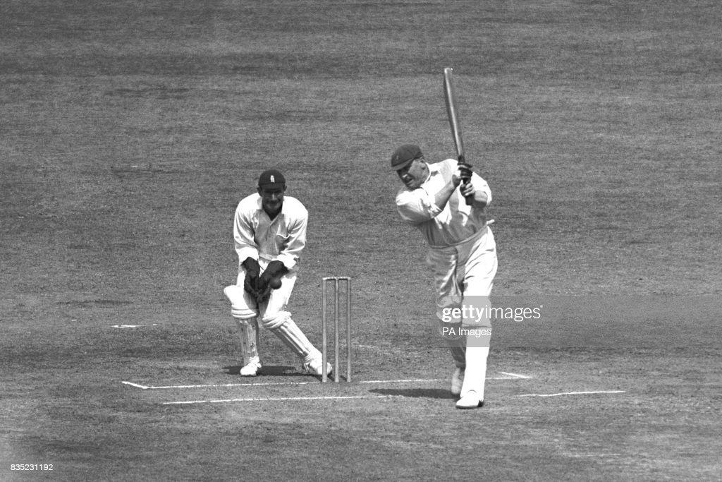 Cricket - Fifth Test Match - England v Australia - Oval : News Photo
