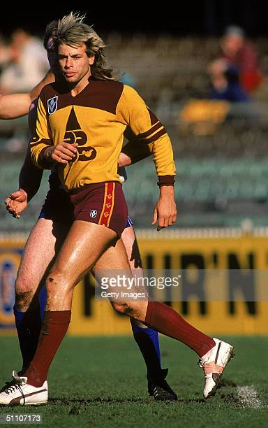 Warwick Capper of the Brisbane Bears in action during a AFL match held at the Melbourne Cricket Bround 1988 in Melbourne Australia