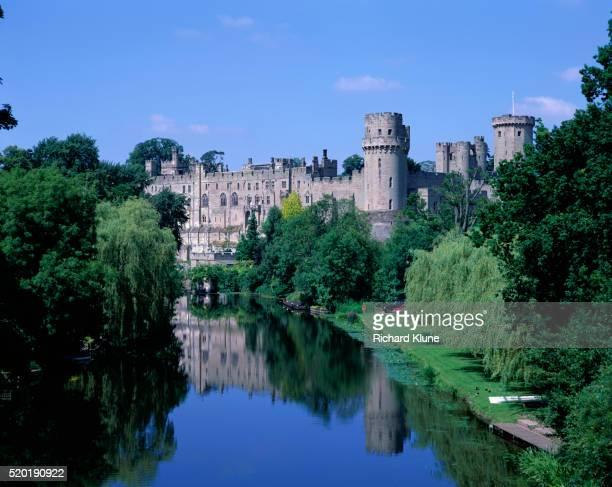 warwick castle and river - warwick castle bildbanksfoton och bilder
