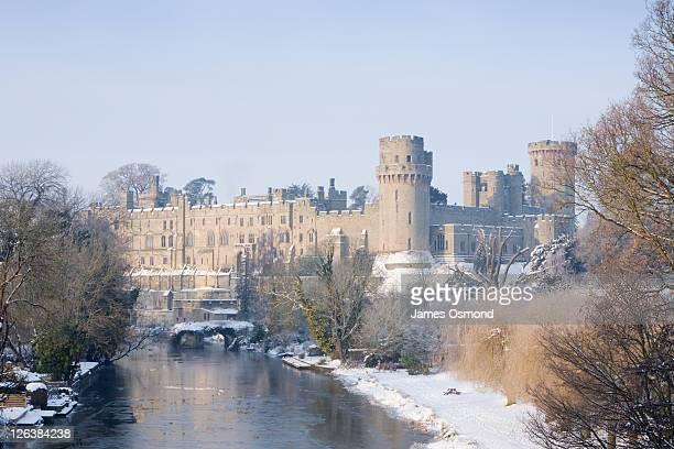 warwick castle. warwickshire. england. uk. - warwick castle bildbanksfoton och bilder