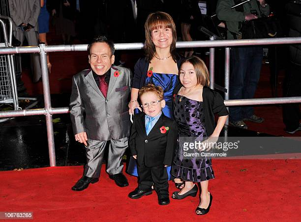 Warwick Davis and family attend the Harry Potter And The Deathly Hallows Part 1 World film premiere at Odeon Leicester Square on November 11 2010 in...