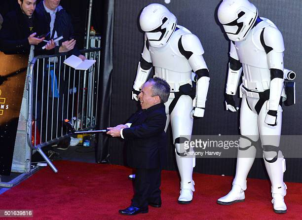 Warwick Davis attends the European Premiere of 'Star Wars The Force Awakens' at Leicester Square on December 16 2015 in London England
