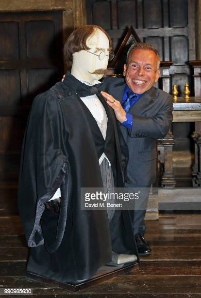 Warwick Davis attends the exclusive launch of the Harry Potter Quiz in the Great Hall at Warner Bros Studio Tour London The Making of Harry Potter on...