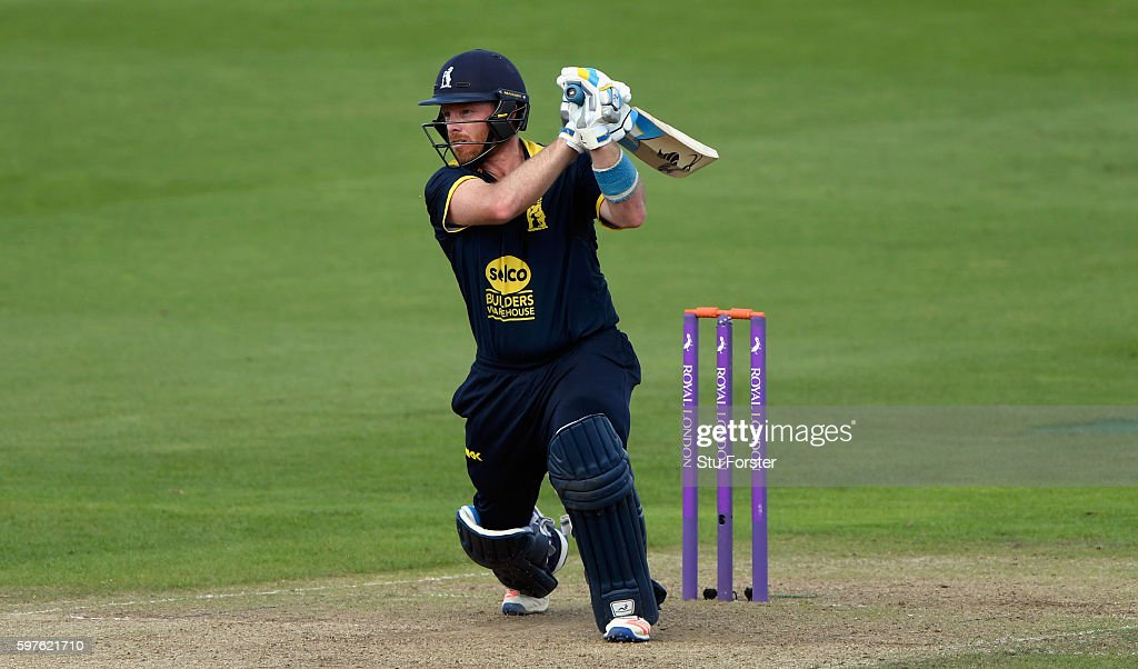 Warwickshire v Somerset - Royal London One-Day Cup