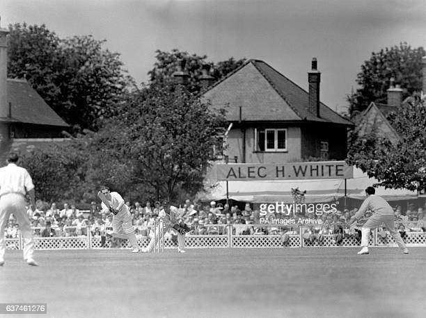 Warwickshire's Alan Townsend clips the ball off his pads, watched by Essex wicketkeeper Tom Wade
