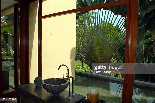 """Waschbecken, Waschraum mit Blick in Garten, 5-Sterne-Luxushotel """"Four Seasons Resort"""", Insel Langkawi, Malaysia, Asien, Hotel, Reise, NB, DIG;..."""