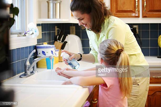 wash hands - hand washing stock pictures, royalty-free photos & images