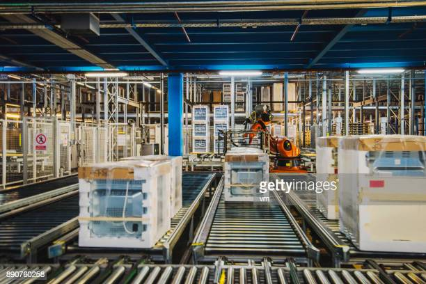 washing machine packing line - appliance stock pictures, royalty-free photos & images