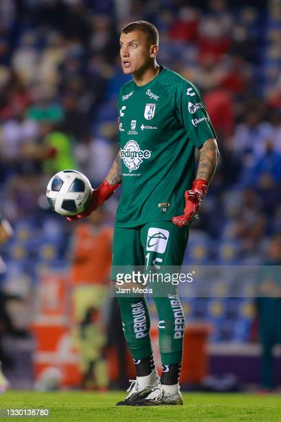 Washington Aguerre, goalkeeper of Queretaro reacts during the 1st round match between Queretaro and America as part of the Torneo Grita Mexico A21...