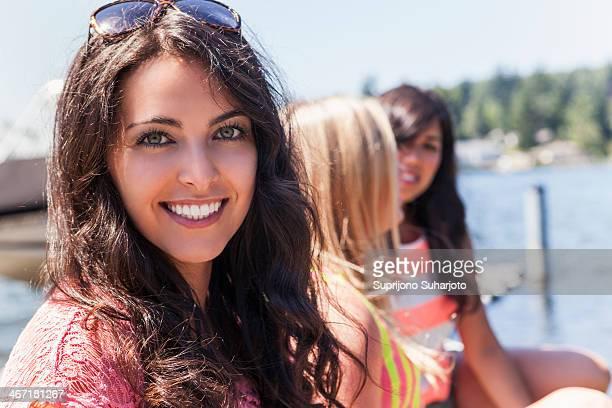 USA, Washington, Bellingham, Portrait of three young women outdoors