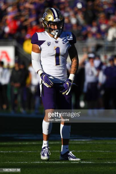 Washington Byron Murphy looks on during the Rose Bowl Game between the Washington Huskies and Ohio State Buckeyes on January 1 at the Rose Bowl in...