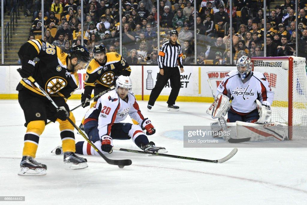 NHL: APR 08 Capitals at Bruins : News Photo
