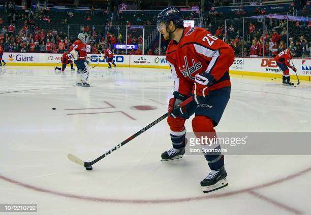 Washington Capitals center Nic Dowd warms up prior to the game against the Detroit Red Wings on December 11 at the Capital One Arena in Washington DC
