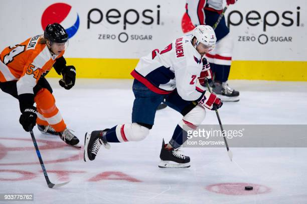Washington Capitals Defenceman Matt Niskanen keeps the puck from Philadelphia Flyers Left Wing Oskar Lindblom in the second period during the game...