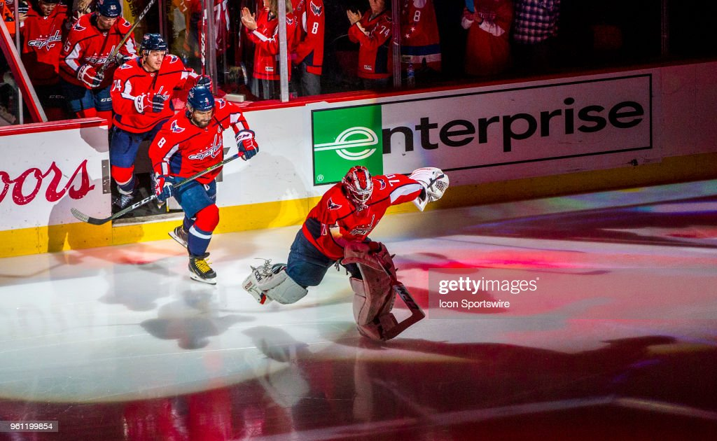 NHL: MAY 21 Stanley Cup Playoffs Eastern Conference Finals Game 6 - Lightning at Capitals : News Photo
