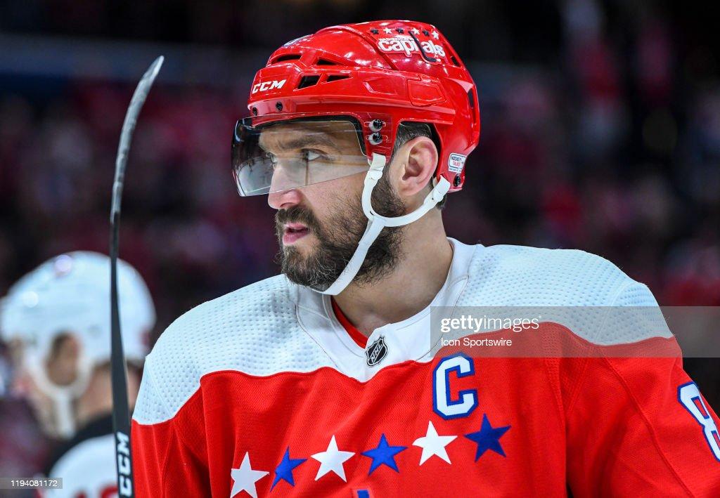 NHL: JAN 16 Devils at Capitals : News Photo
