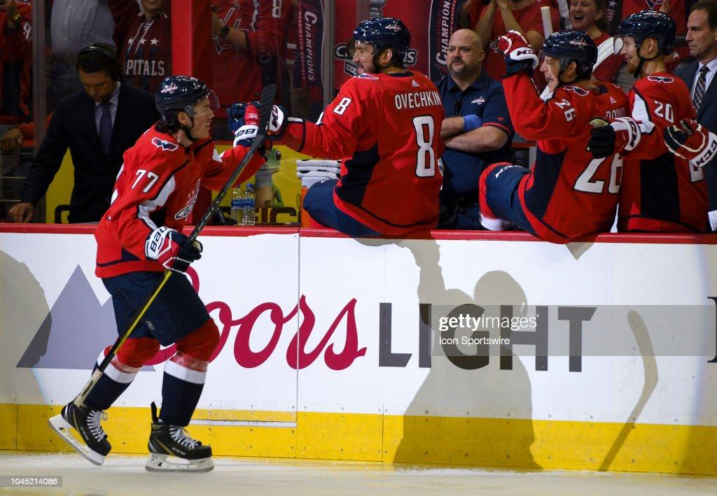 NHL: OCT 03 Bruins at Capitals : News Photo