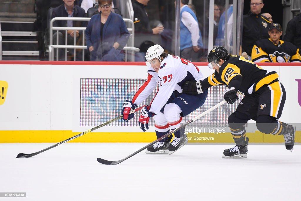 NHL: OCT 04 Capitals at Penguins : News Photo