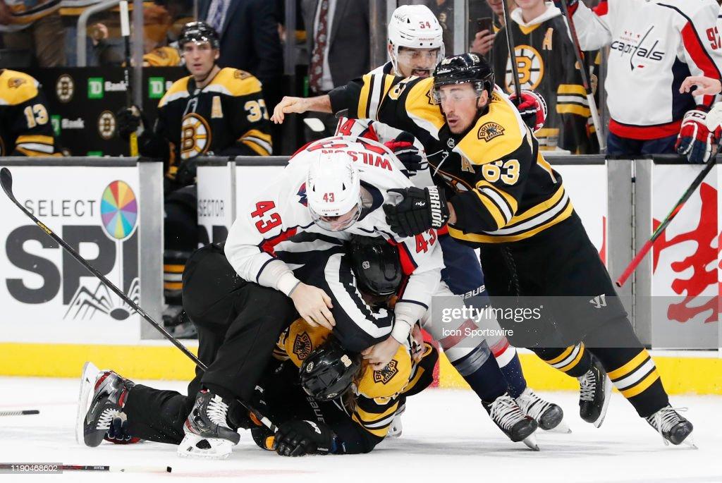 NHL: DEC 23 Capitals at Bruins : News Photo