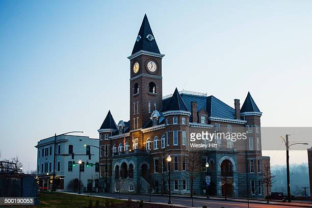 washington county courthouse arkansas - ファイアットヴィル ストックフォトと画像