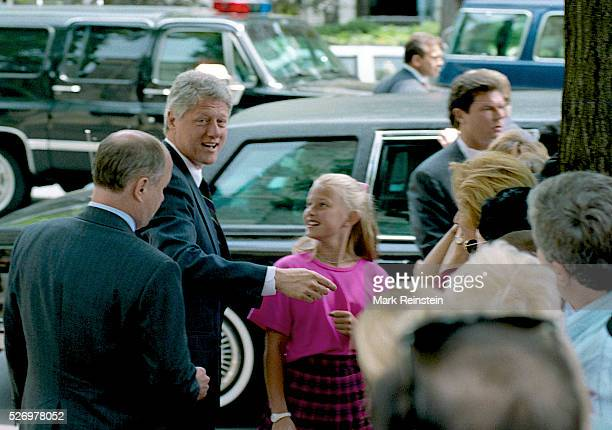 Washington DC 5231993 President WIlliam Jefferson Clinton along with First Lady Hillary Rodham Clinton and their daughter Chelsea Clinton at Foundry...