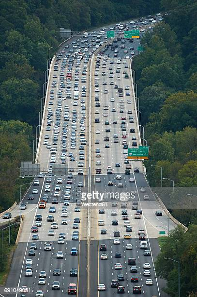 USA, Washington D.C., Aerial photograph of traffic on Interstate 495
