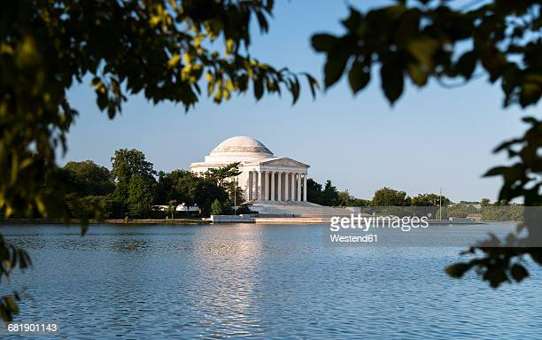 USA, Washington, D.C., Jefferson Memorial in the morning