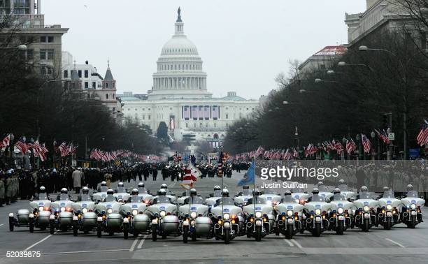 Washington DC Metro Police motorcycle officers lead the presidential inaugural parade January 20, 2005 in Washington, DC. President Bush was sworn-in...