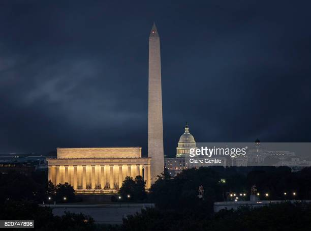 washington dc monuments - national monument stock pictures, royalty-free photos & images