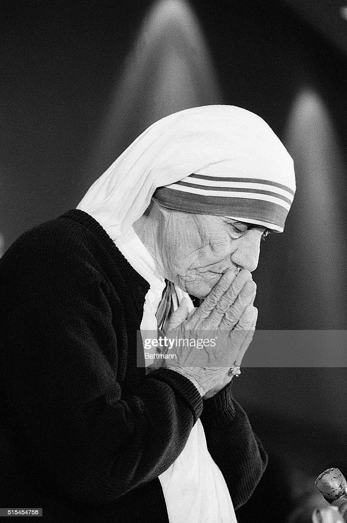 6/21/1985 - Washington, DC - Mother Teresa with her hands together as she attends the National Right to Life convention in Washington DC.