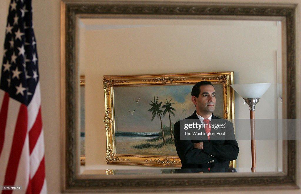 SLUG: ME-REPUTATION PHOTOGRAPHER: NIKKI KAHN/THE WASHINGTON  : Nyhetsfoto