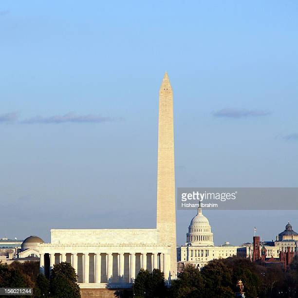 washington dc skyline with us capitol building - smithsonian institution stock pictures, royalty-free photos & images
