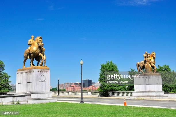 USA, Washington D.C., statues at the begining of the Arlington memorial bridge