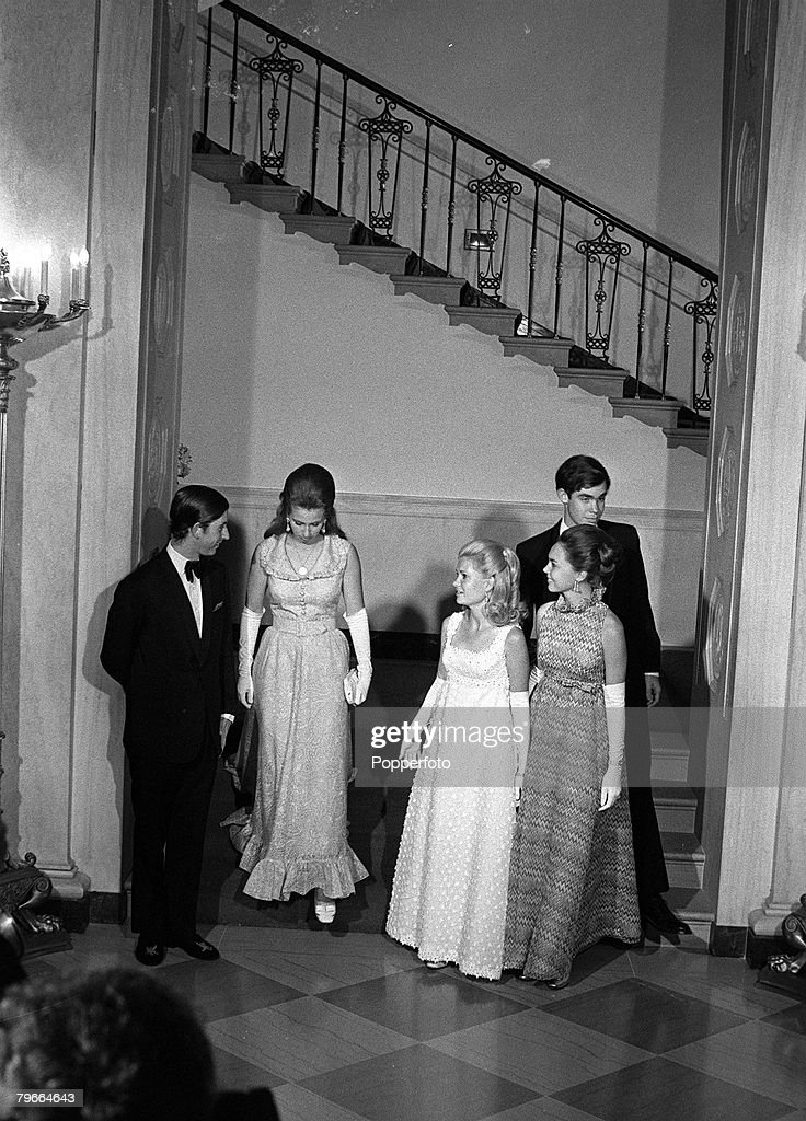 Washington DC, USA, 17th July 1970, L-R: Prince Charles, Princess Anne, Tricia Nixon, Julie Nixon and David Eisenhower at a White House dinner : News Photo