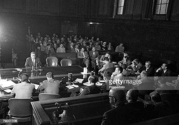 Washington DC USA 2nd December 1953 A general view of the courtroom during Lautner's evidence during the House of UnAmerican Activities Committee...