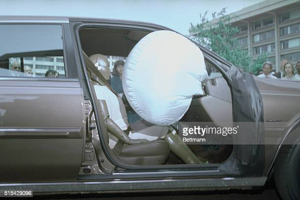 Ford Motor Co demonstrates the front passenger air bags that will be standard equipment on the 1989 Lincoln Continental