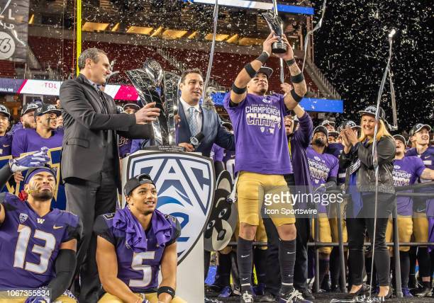 Washington Huskies defensive back Byron Murphy acknowledges the cheers from the Washington Huskies fans for his role in the victory of the game...